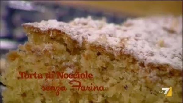 Torta Di Nocciole Senza Farine Benedetta Parodi Imenudibenedetta
