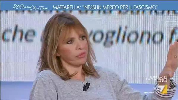 Discorso Camera Mussolini : Benito mussolini video restaurato dell annuncio delle leggi