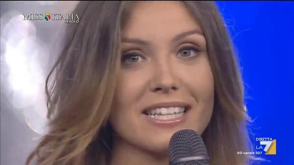 Vince il titolo di Miss Italia 2017: Alice Rachele Arlanch